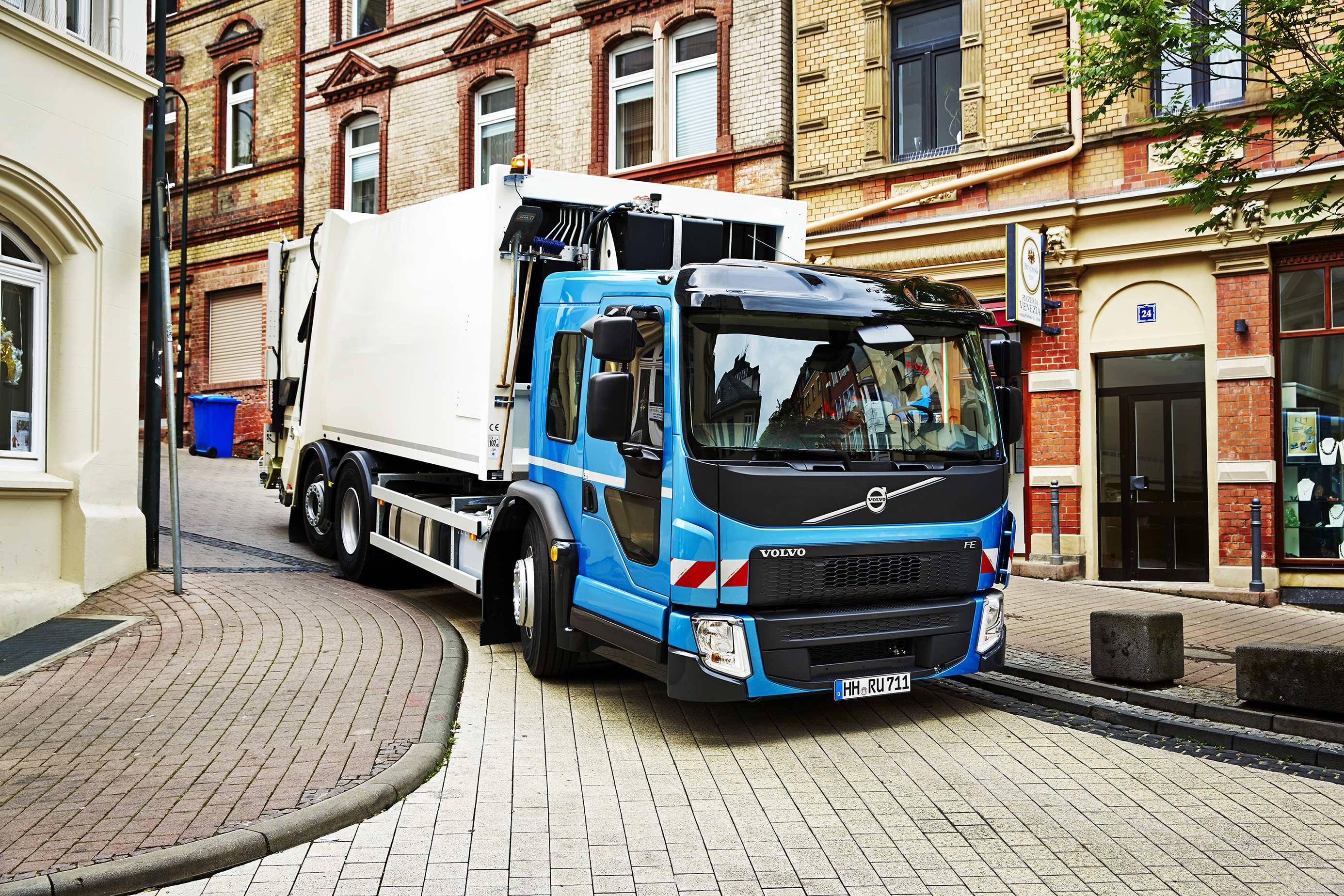 Volvo: New FE low entry cab – Iepieleaks
