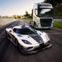 I-Shift Dual Clutch versus Koenigsegg One:1