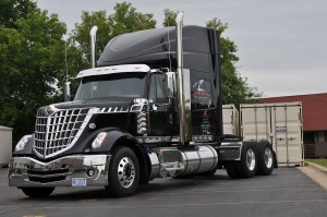 Navistar-International-LoneStarLR