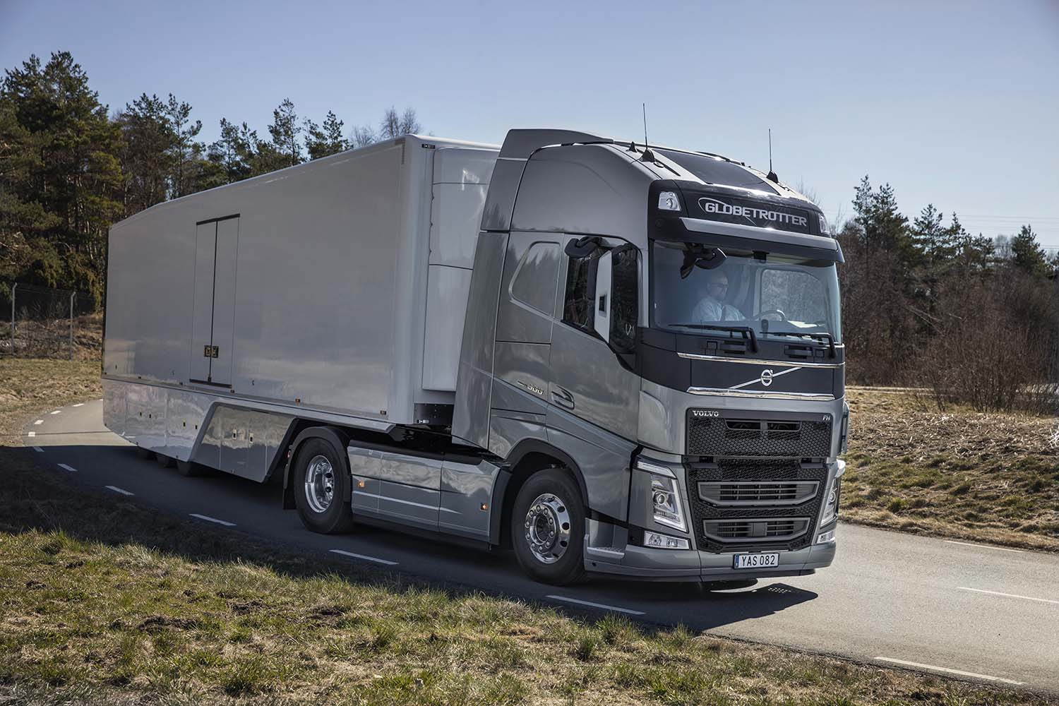 lineup img reveals turbo new compounding transportation truck engine for volvo news