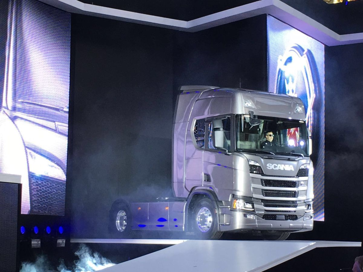 New Scania: First pictures! – Iepieleaks