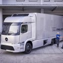 Daimler starts limited production of Urban eTruck