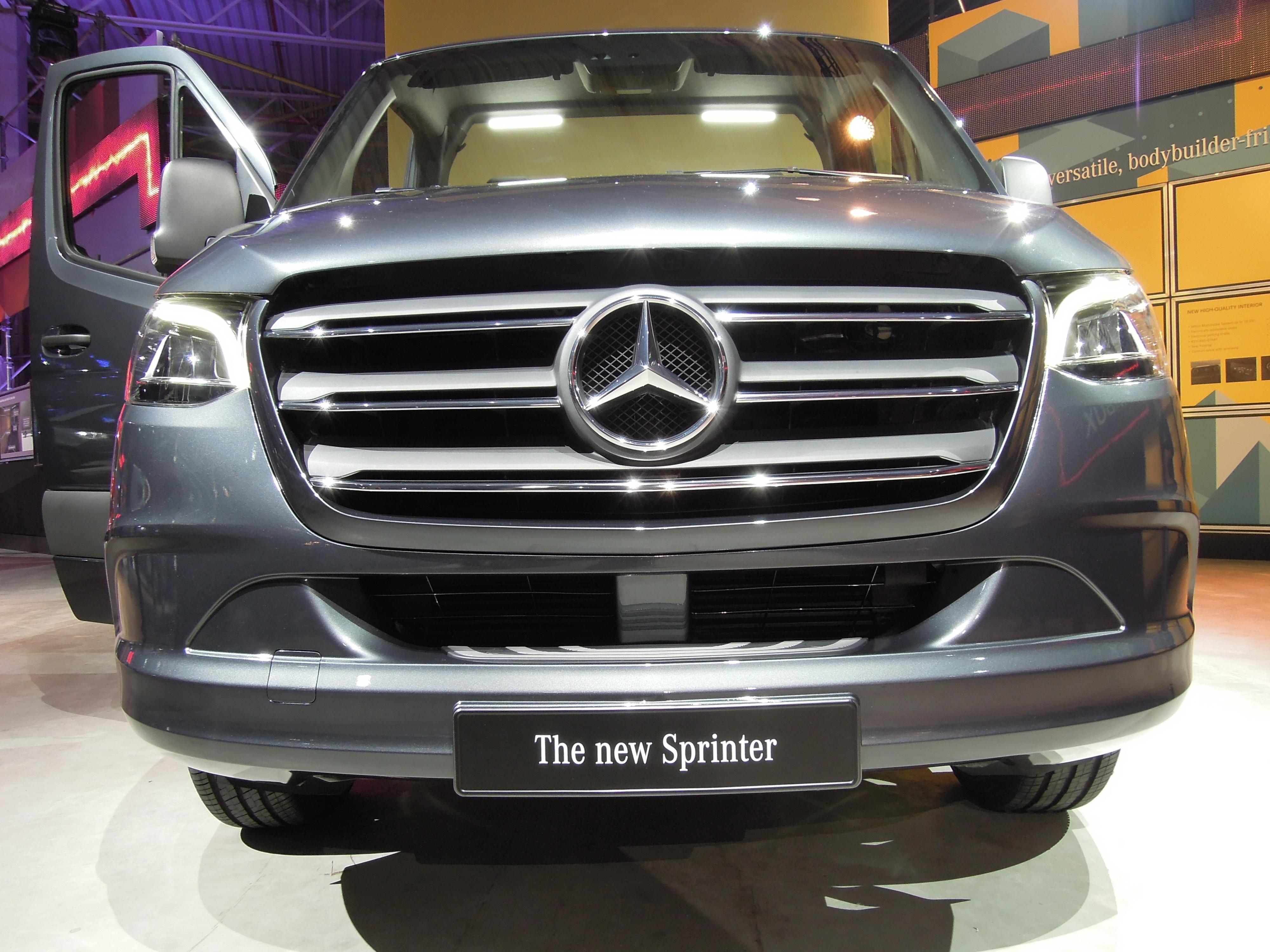 New Mercedes-Benz Sprinter – Iepieleaks