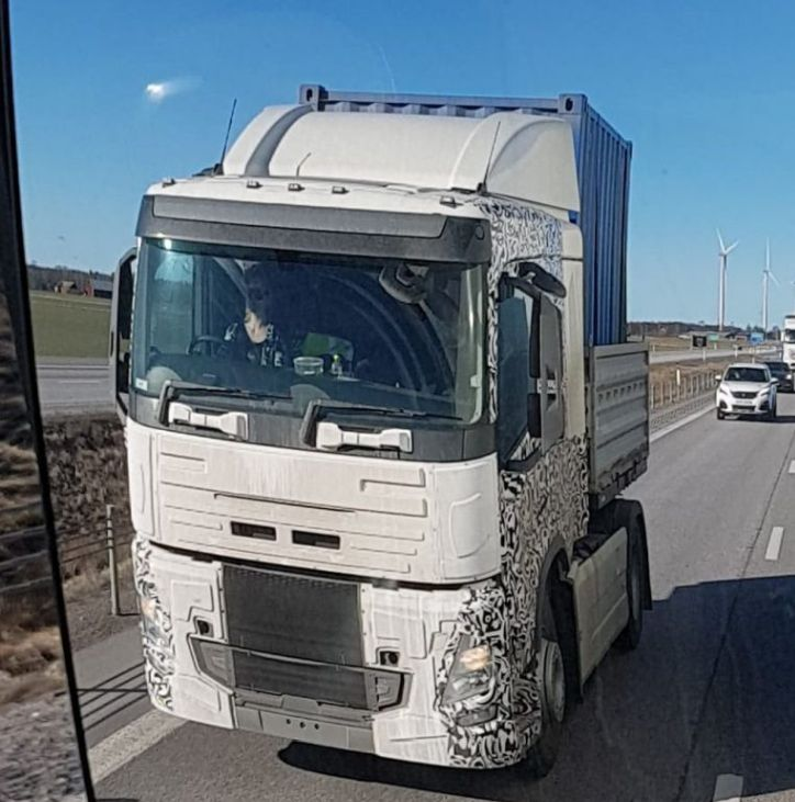 Volvo testing FM and FH - Iepieleaks